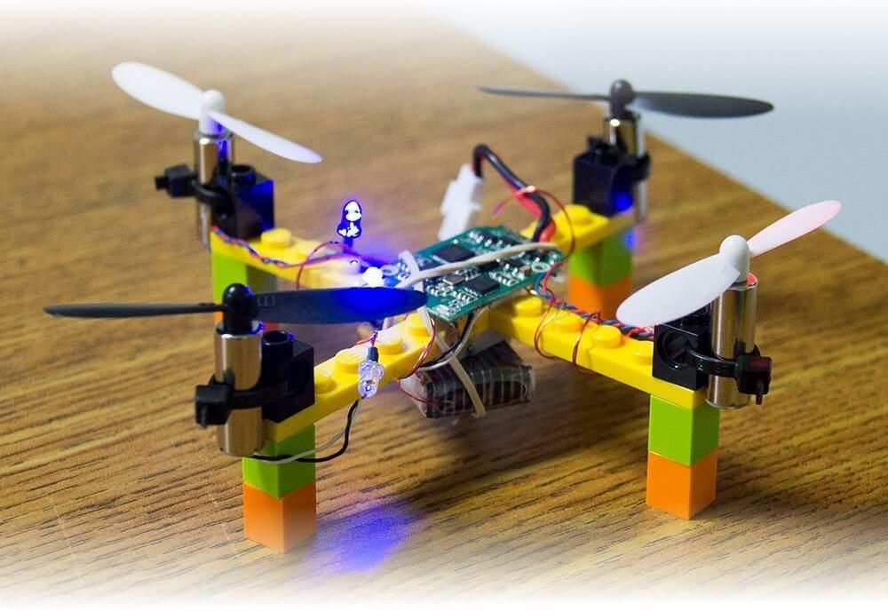 Lego Drohne 01 drone FPVRacingdrone FPV Quadrocopter Multirotor