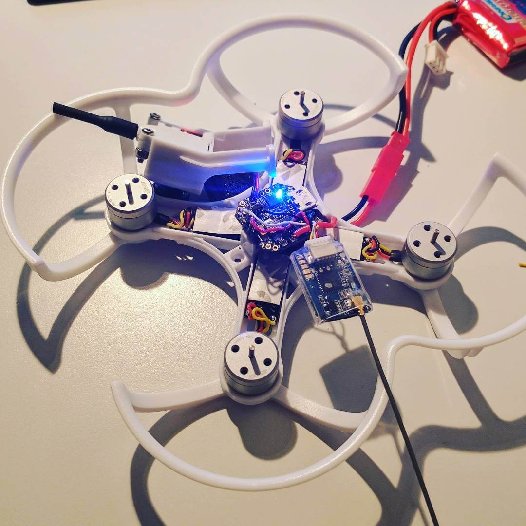 Emax Babyhawk mit FlySky FS-A8S Mini Receiver FPV Racing Drone Drohne FPVRacingDrone Race Copter