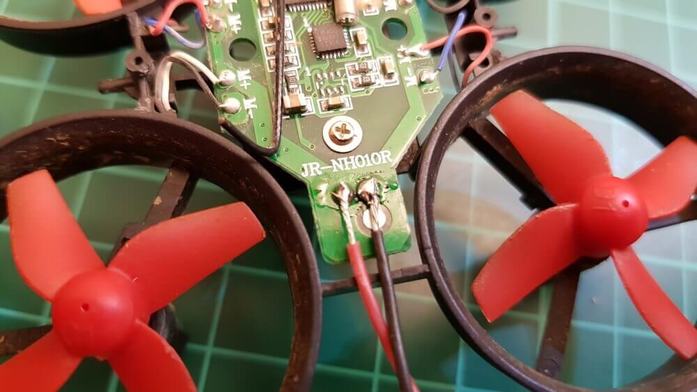 AIO Cam an Stromversorgung anlöten